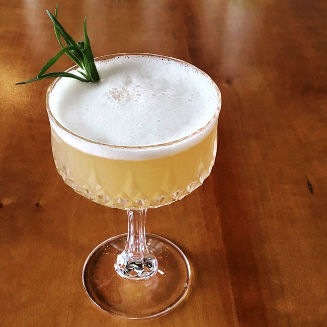 new_deal_tarragon_sour