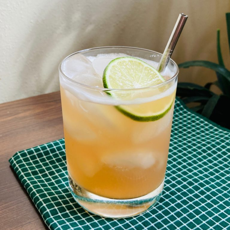 rhubarb buck cocktail recipe
